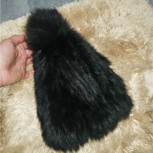 Annabelle NY authentic rabbit/fox fur pom-pom hat